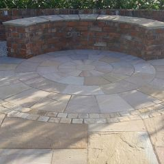Strata Stone Classic Sandstone Paving Circle - Camel