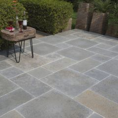 Strata Stone 'Historical' Collection Paving - Abbey