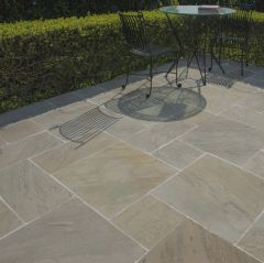 Strata Stone 'Historical' Collection Paving - Manor